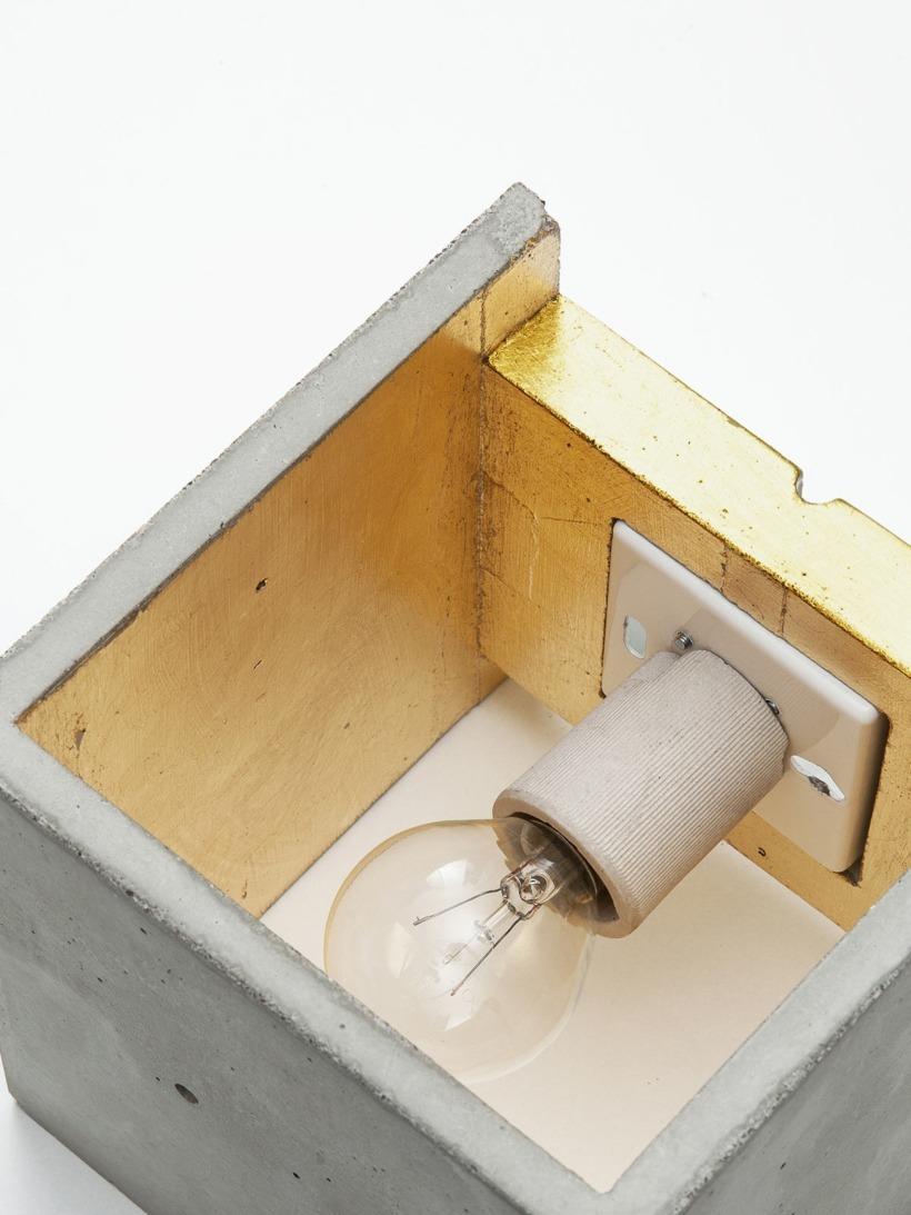 B3 Wandlampe Gold Beton Detail