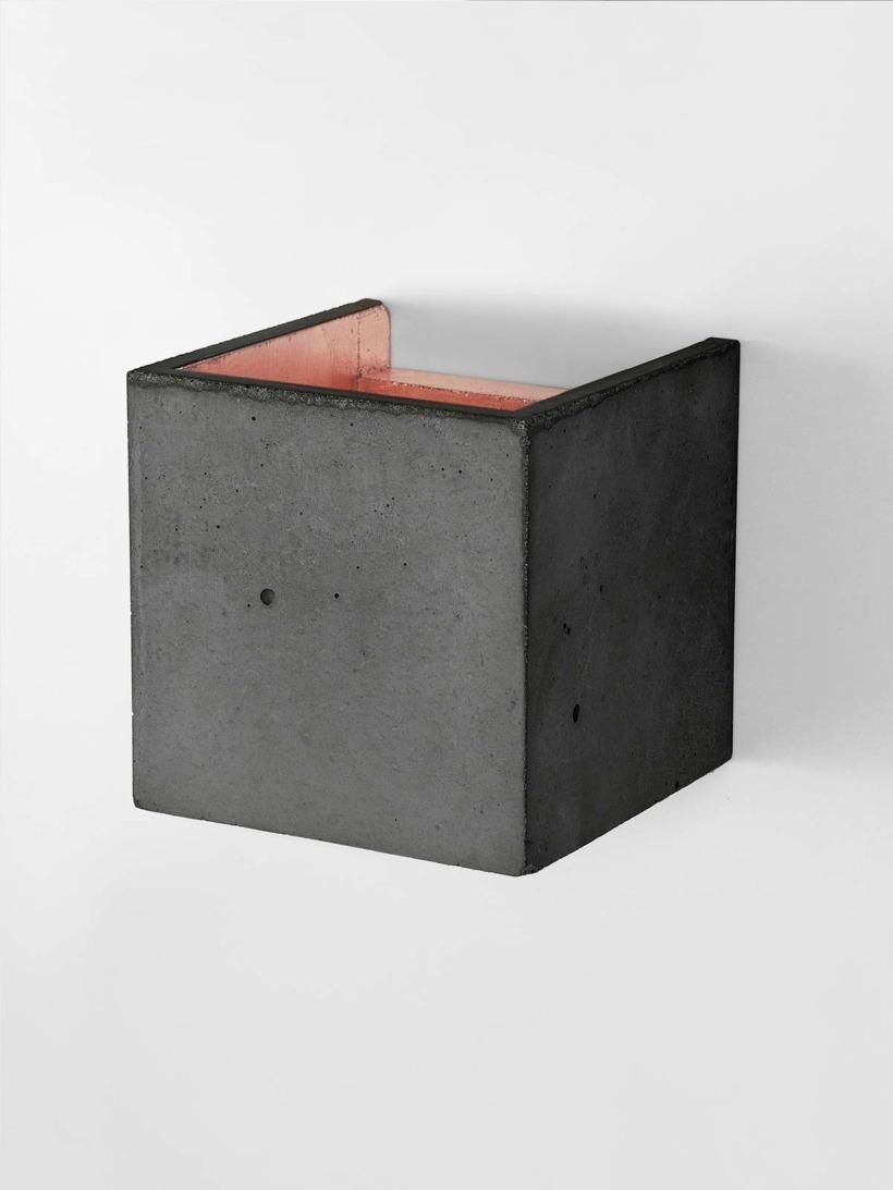 B3 Wandlampe dunkel Beton Kupfer detail